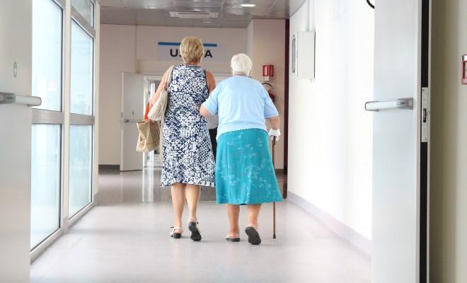 Starejši - dolgotrajna oskrba